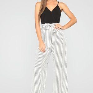 Fashion Nova Striped Jumpsuit B&W (S)